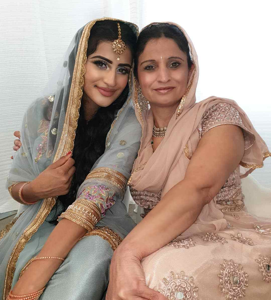 Puneet Kaur with her mother